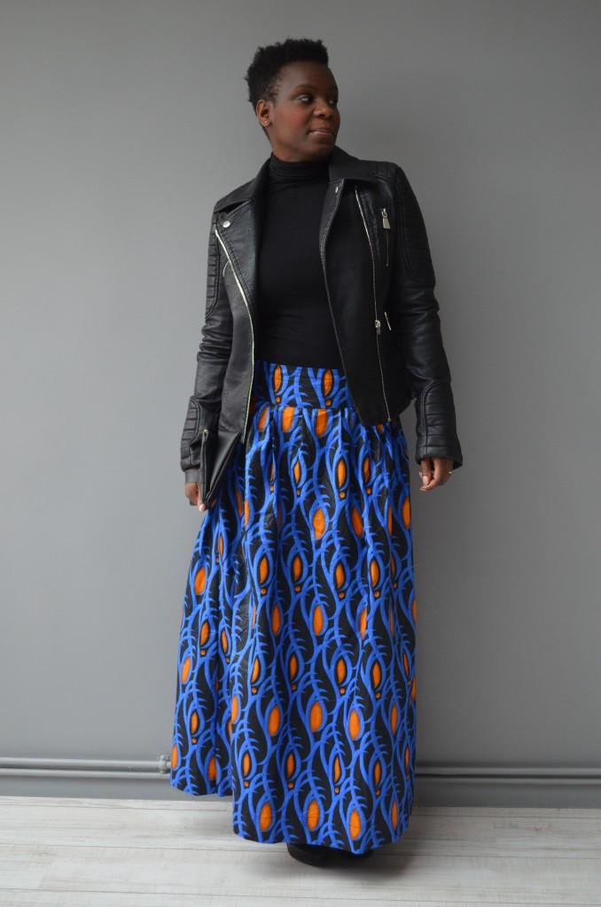 comment porter la jupe longue en wax